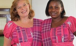 SL Twins_300x180 roze jurken